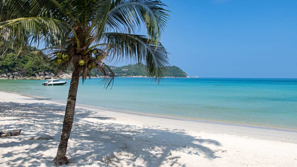 The white Thong Nai Pan Yai Beach in the north of Koh Phangan