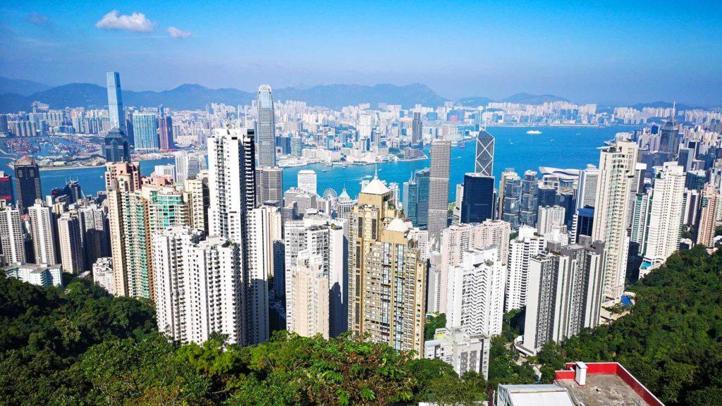 Aussicht vom Victoria Peak auf Hong Kong Island und Kowloon