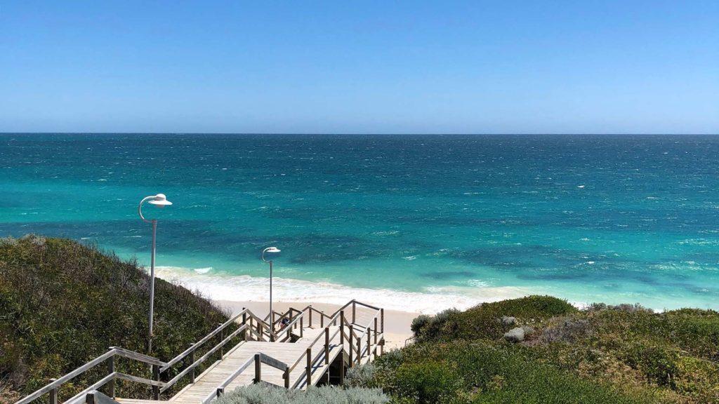 Aussicht auf den Quinns Beach nördlich von Perth